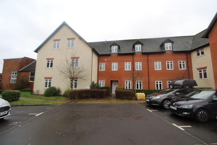 1 bedroom apartment in Tongham - Surrey