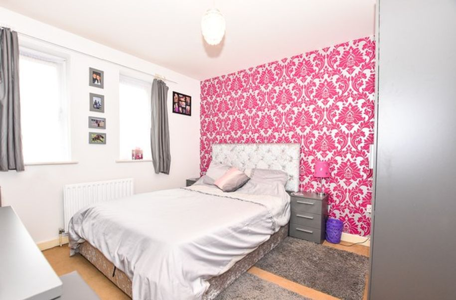 1 bedroom apartment in Hampshire