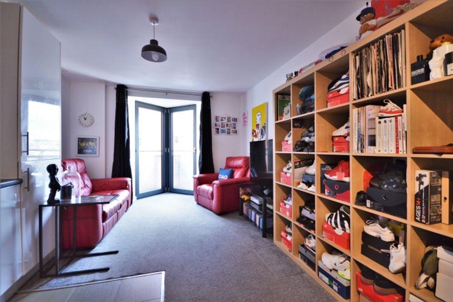 1 bedroom apartment in Merton