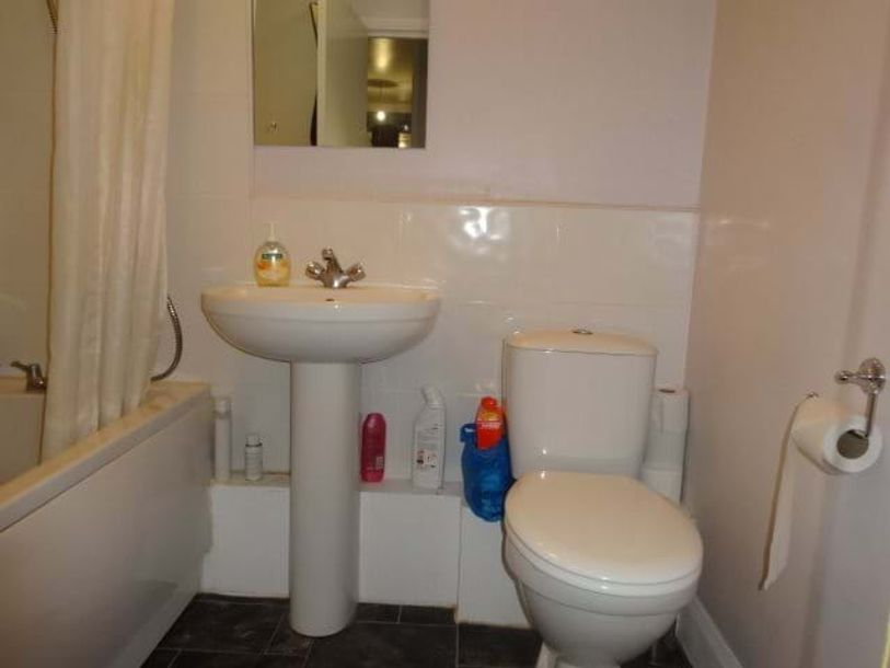 Resales - 2 bed apartment in Lambeth