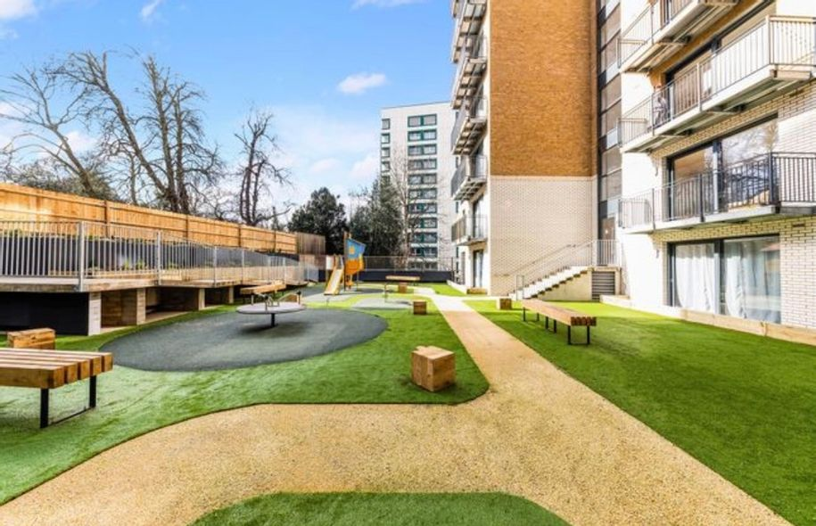 The Waldrons, Croydon - Help to Buy - 1 bed apartment in Croydon