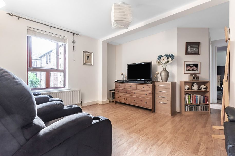 2 bedroom apartment in Wakefield - Wakefield