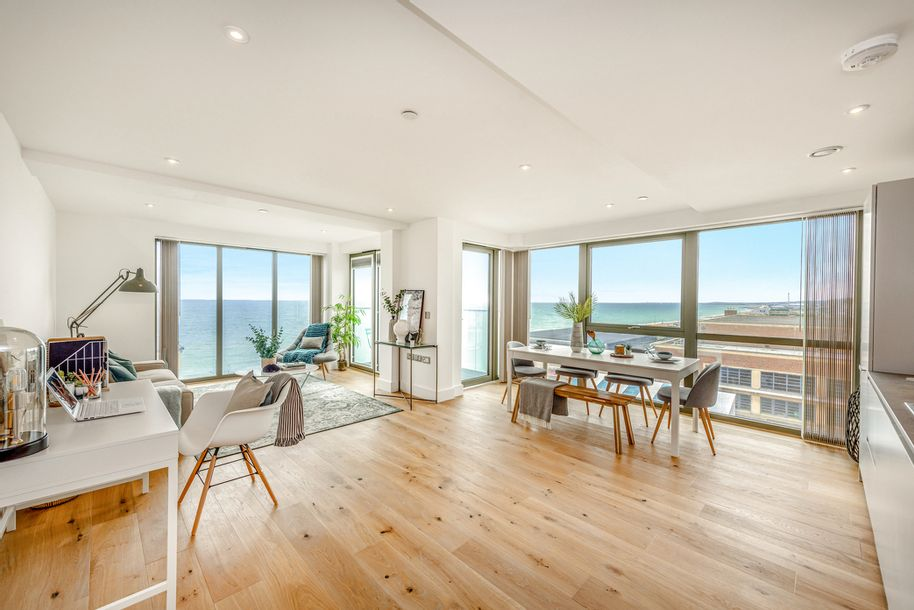 Waterfront - 3 bed apartment in Hove - City of Brighton and Hove
