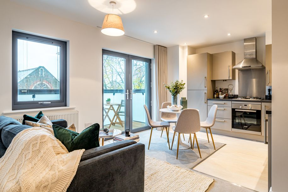 Rhodes Court - 1 bed apartment in Hounslow