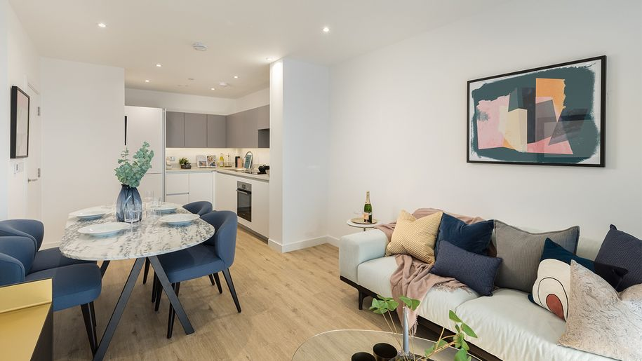 Lavender Gardens - 1 bed apartment in Hammersmith and Fulham