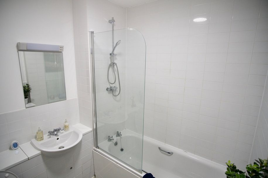 Dillon Court Retirement Apartments - Resale - 2 bed apartment in Sutton