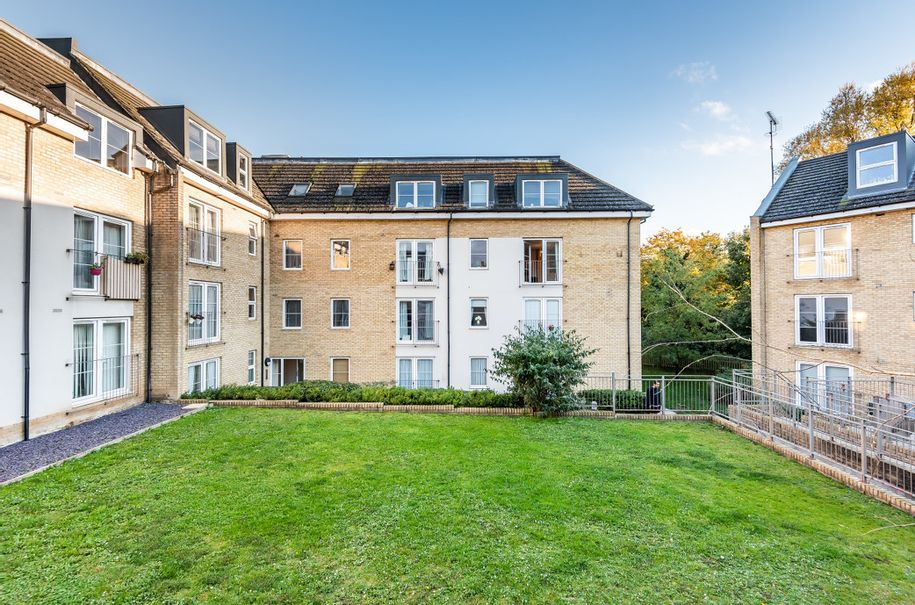2 bedroom apartment in Hitchin - Hertfordshire