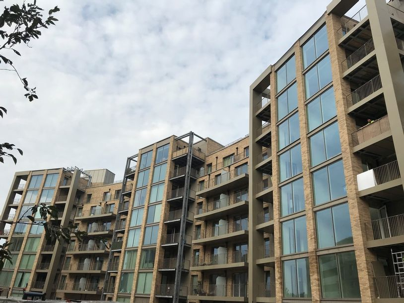 Padcroft - 2 bed apartment in Hillingdon