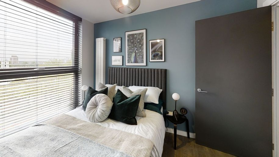 The Waldrons, Croydon - Help to Buy - 2 bed apartment in Croydon