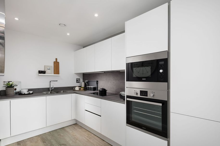 Venue - 2 bed apartment in Maidenhead - Windsor and Maidenhead
