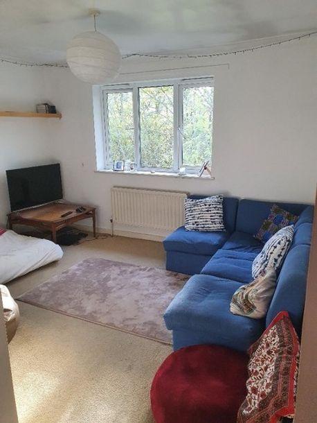 2 bedroom apartment in Ealing