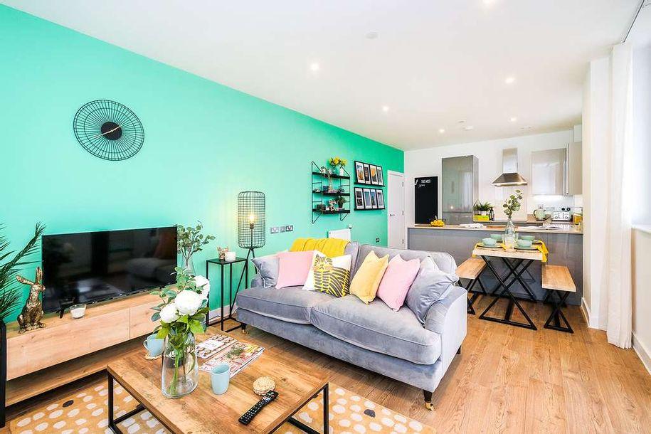 Cairo Apartments, Croydon - 3 bed apartment in Croydon