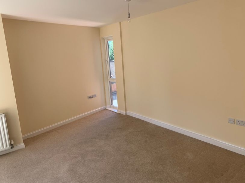 Novello - 2 bed apartment in Slough - Slough