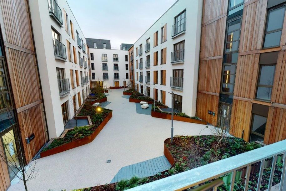 Wapping Wharf - 2 bed apartment in Bristol - City of Bristol