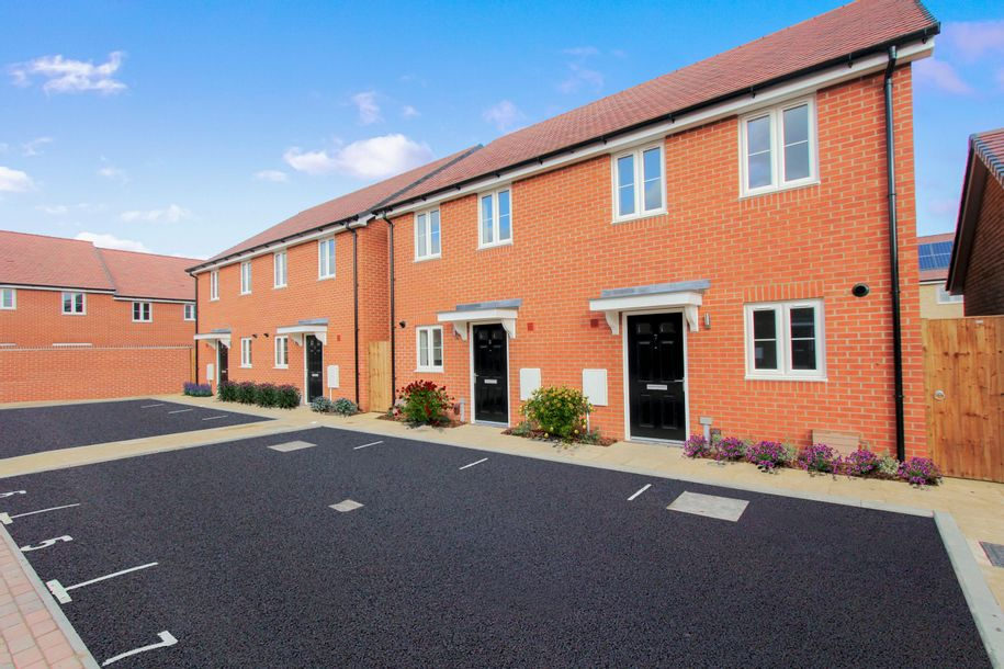Tavistock Place - 2 bed house in Bedford - Bedfordshire