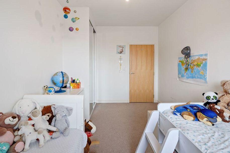 2 bedroom apartment in Hounslow