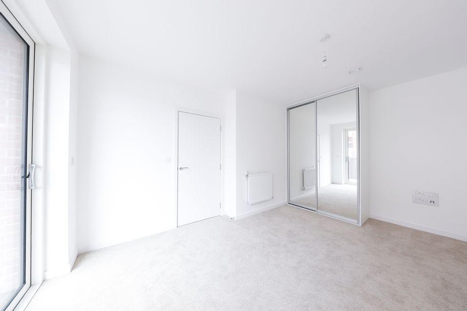 SO Resi Hendon Waterside - 2 bed apartment in Barnet