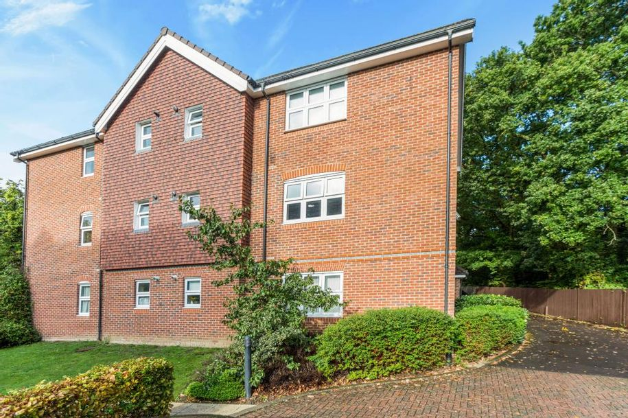 2 bedroom apartment in Hythe - Hampshire