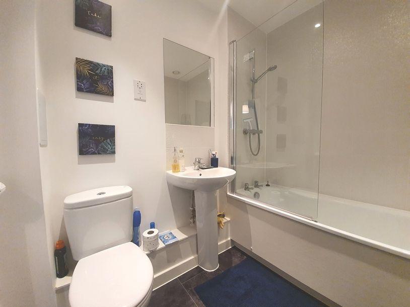 2 bedroom apartment in Guildford - Surrey