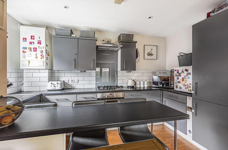 2 bedroom apartment in Hillingdon