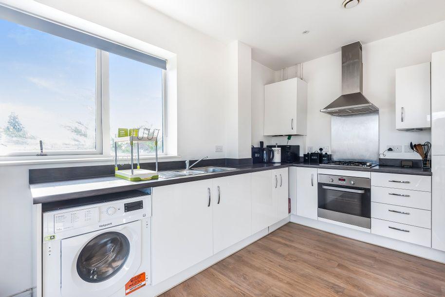 2 bedroom apartment in Barnet
