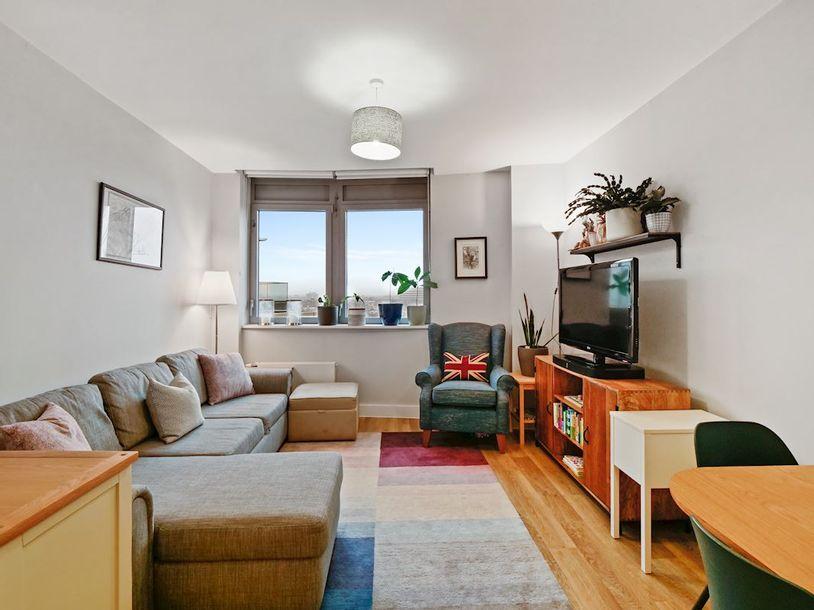 2 bedroom apartment in Wandsworth