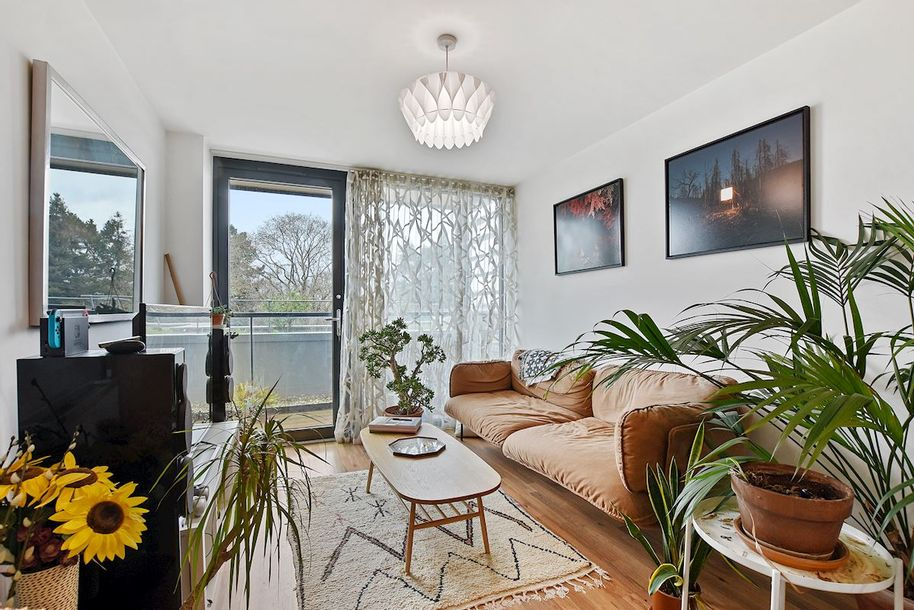 2 bedroom apartment in Hammersmith and Fulham
