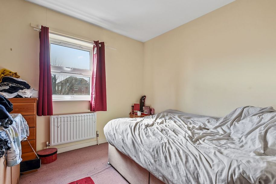 2 bedroom apartment in Merton