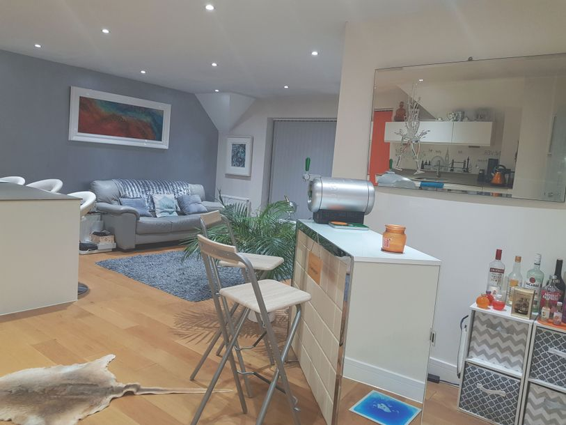 2 bedroom apartment in Knaphill - Surrey