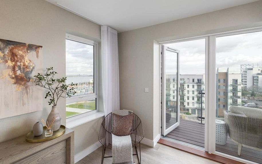 Orbit at Victory Pier - 2 bed apartment in Gillingham - Medway