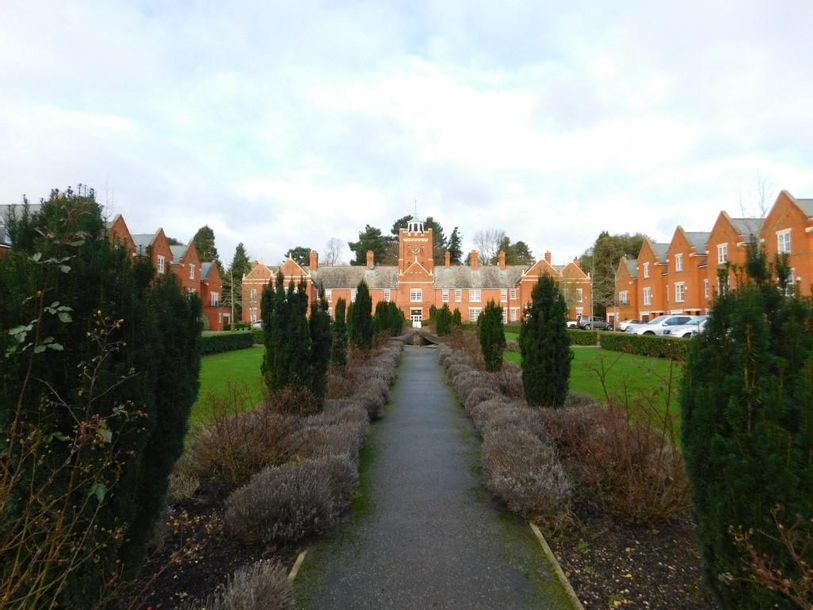Resales - 1 bed apartment in London Colney - Hertfordshire