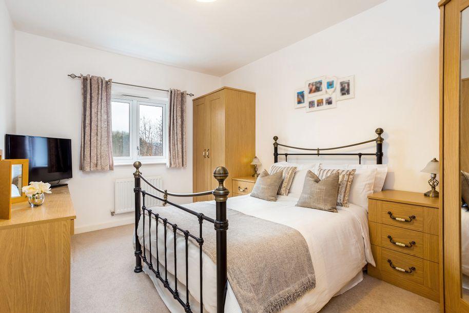 2 bedroom apartment in Horsham - West Sussex