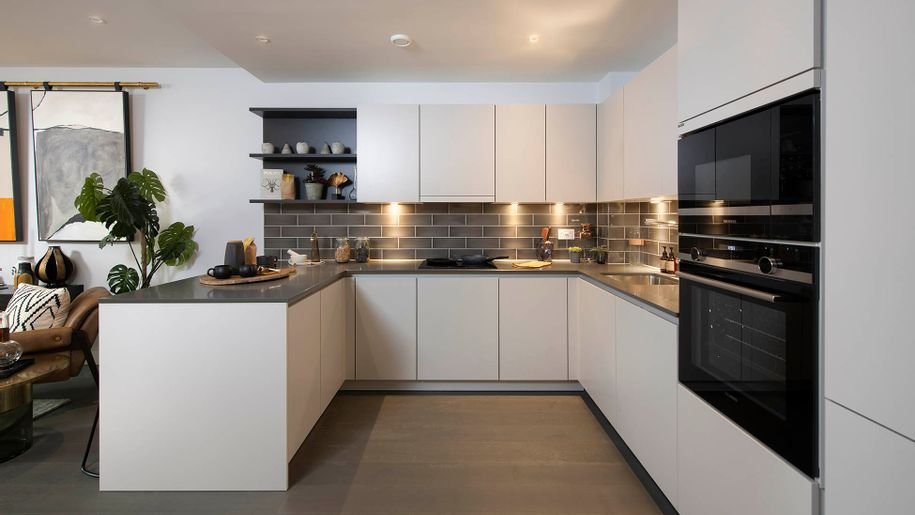 Lazenby Square SO - 2 bed apartment in Southwark