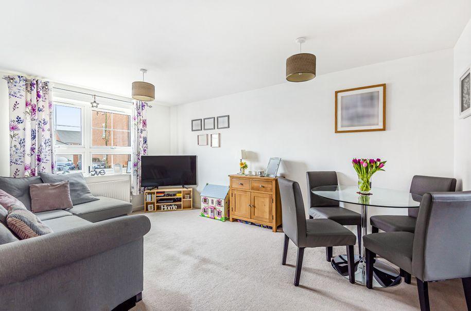 2 bedroom apartment in Littlehampton - West Sussex