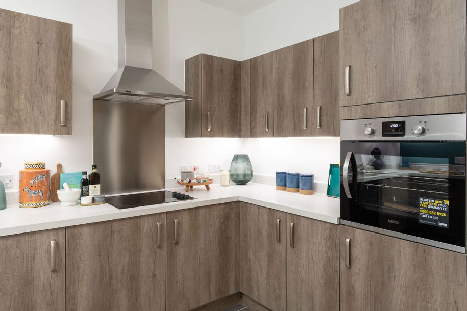Lowen Apartments - 2 bed apartment in Havering