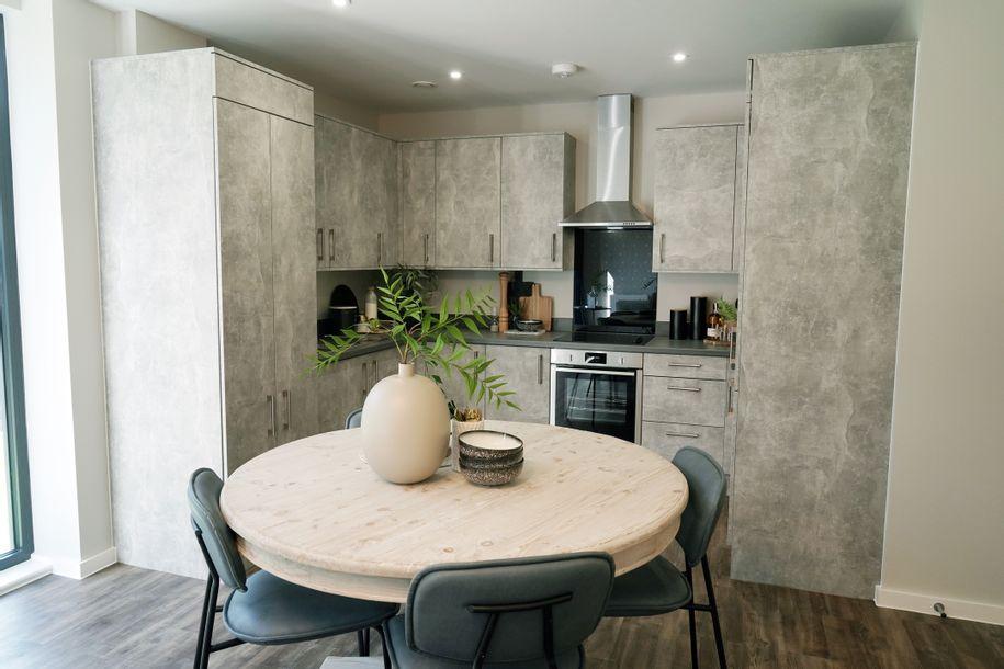 Park Heights, Basingstoke - 2 bed apartment in Basingstoke - Hampshire