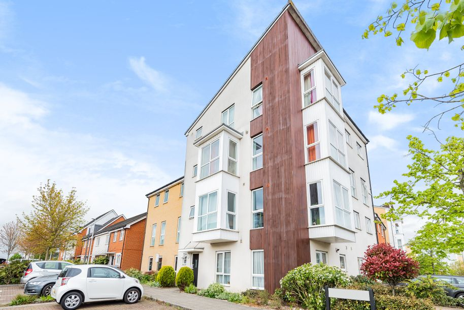 2 bedroom apartment in Reading - Reading